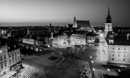 night view of royal castle and old town in warsaw