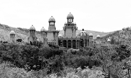 panorama of sun city the palace of lost city