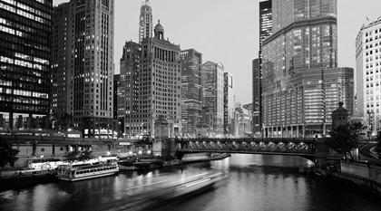 dusable bridge on chicago river