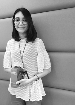 Filzah Ruzamil, TMF Group Sub-Regional Recruiter holding her 2018 HR Asia Recruitment Award for 'In-House Recruitment Professional Of The Year'